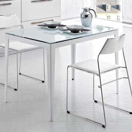 Domitalia-Dining-Table