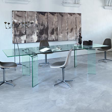 Ray-Extendable-Dining-Table