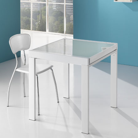 Spry-Extendable-Dining-Table